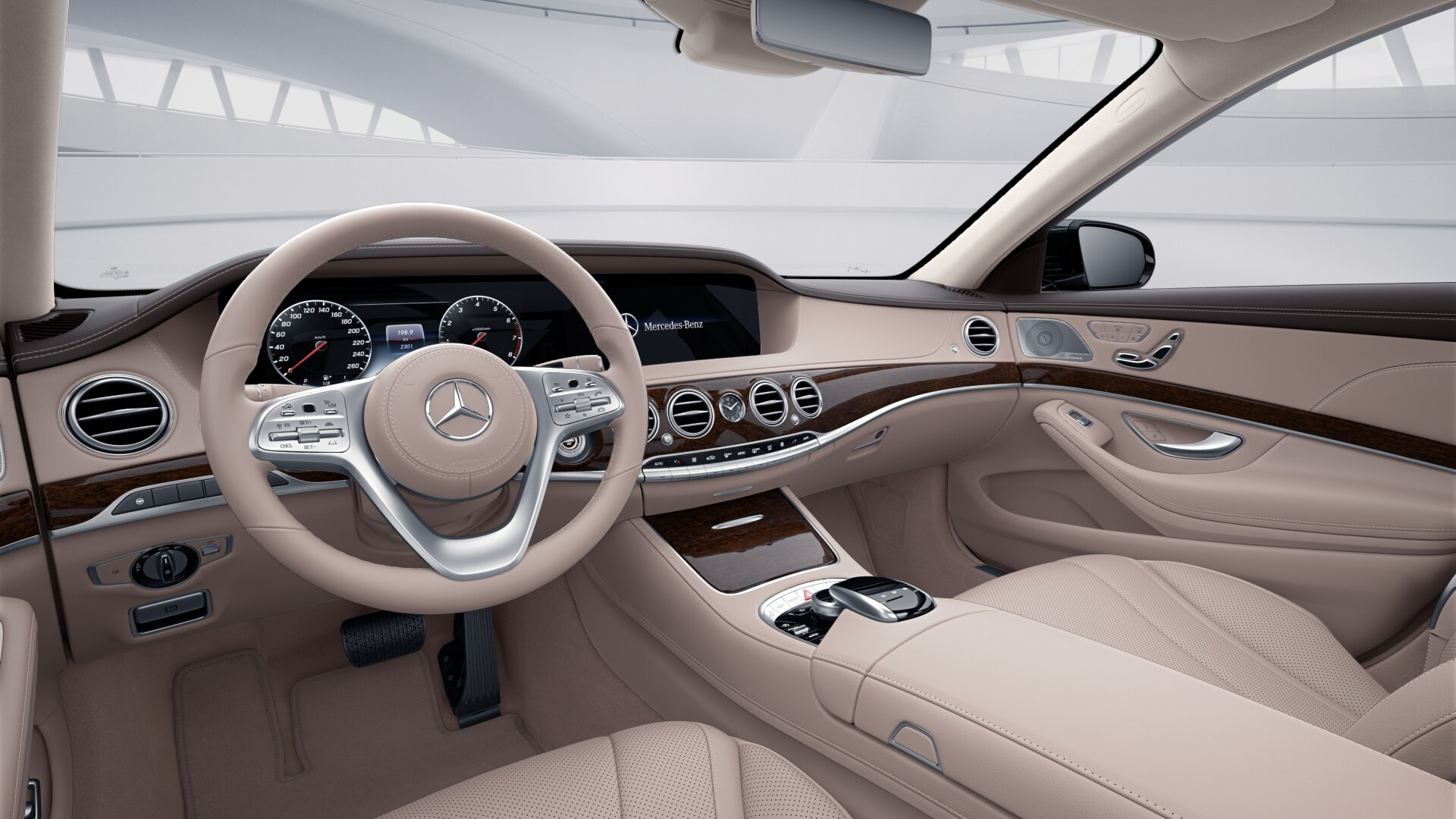 Mercedes Benz Luxury Sedan S-Class
